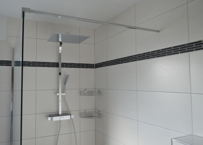 Quadratisches Bad